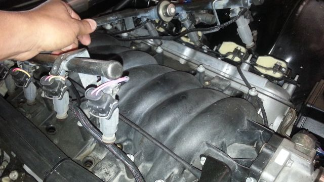how-to-install-ls1-injectors21