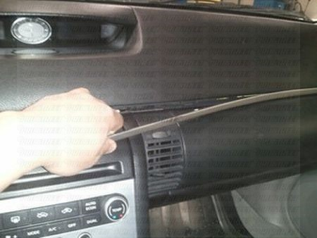 how-to-remove-g35-stereo (5)