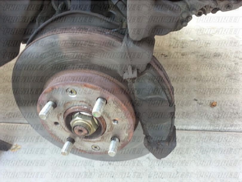 how-to-change-honda-civic-brakes8