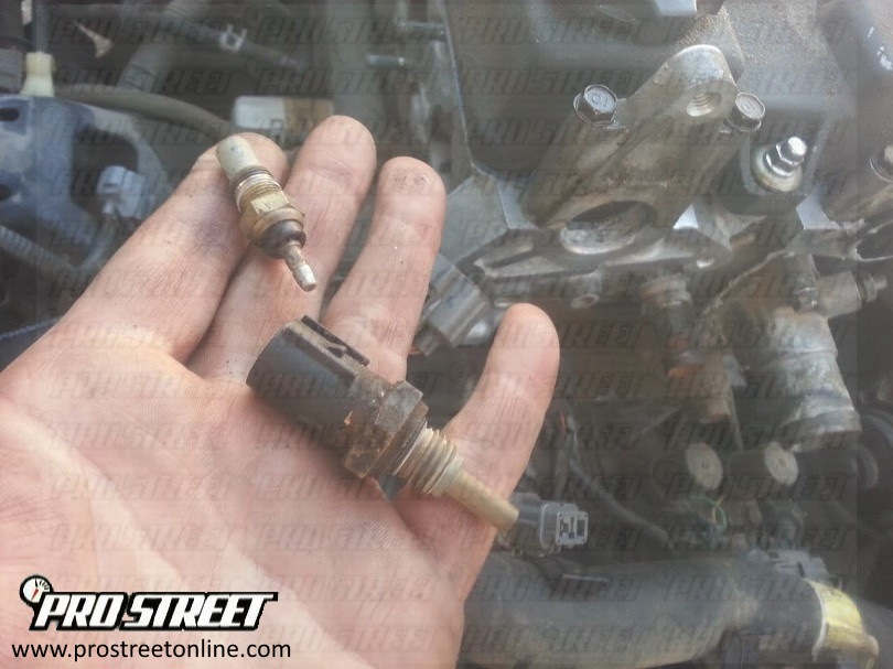P0118-how-to-replace-engine-coolant-sensor-3