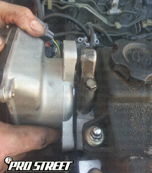 P0118-how-to-replace-engine-coolant-sensor
