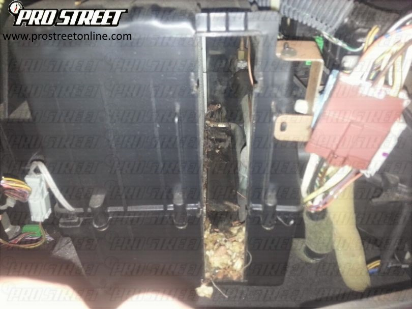 how-to-change-honda-accord-cabin-filter-21