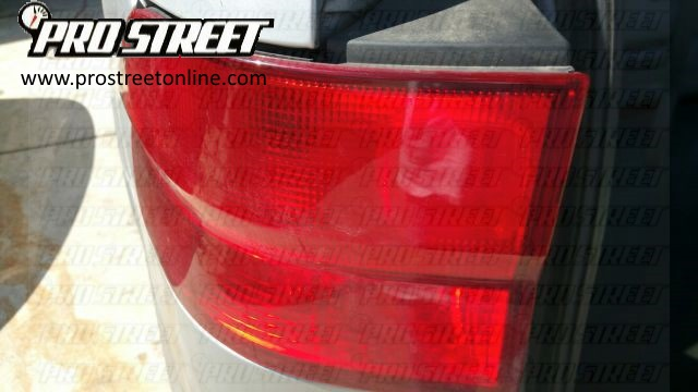 how-to-change-honda-odyssey-tail-light