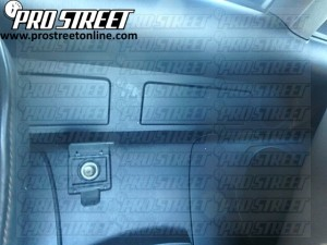 2006-Nissan-350Z-Stereo-Wiring-Diagram-2-300x225 Radio Wiring Diagram Nissan Z on cooling fan wiring, manual transmission parts, relay fuse box, headlight wiring, front engine parts, driver door handle,
