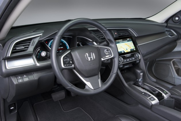 2017 Honda Civic Hatchback 1